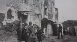 militari davanti al fort schuster