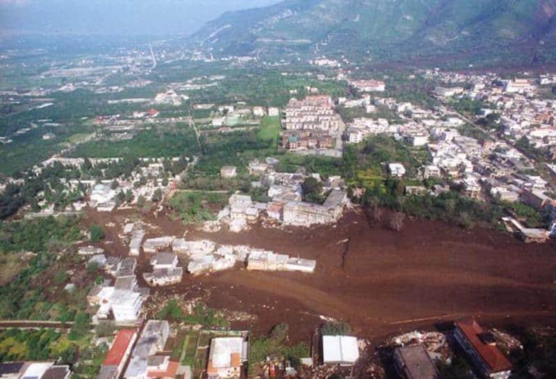 Alluvione di Sarno, 20 anni dopo: commemorazione con Sepe
